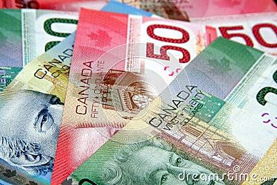Dinero en circulación canadiense colorido