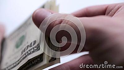 Dinheiro nas mãos filme