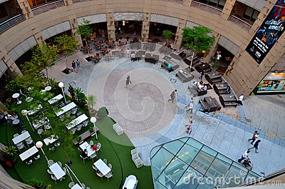 Dining alfresco courtyard the Esplanade Singapore Editorial Stock Image