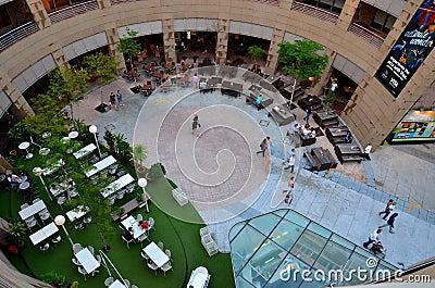 Dining alfresco courtyard the Esplanade Singapore Editorial Stock Image
