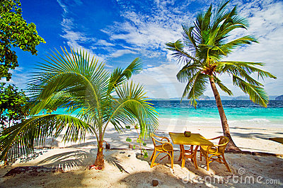 Dining in Paradise