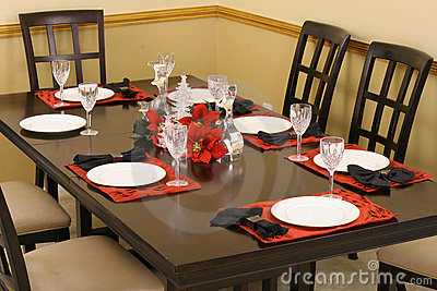 Dining room table setting