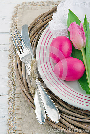 Free Dinner Setting With Two Pink Easter Eggs And Tulip Royalty Free Stock Photography - 28674167