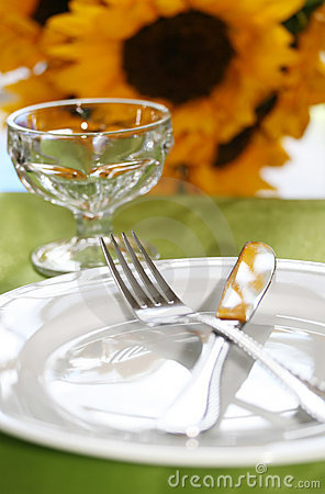 Free Dinner Table Royalty Free Stock Images - 5505049