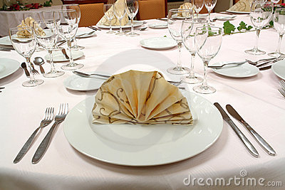 Glass Dinner Table on Dinner Table Setting  Click Image To Zoom