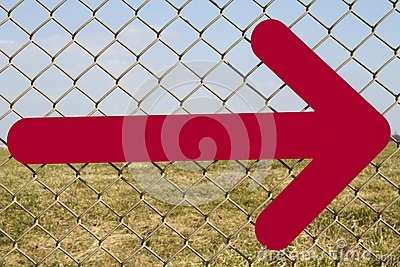 Directional arrow fence