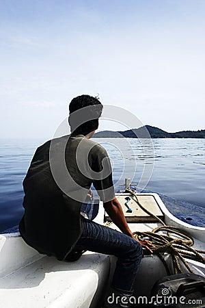 Dirigendosi all isola