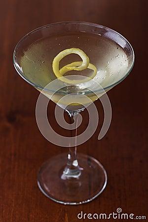 Free Dirty Martini With A Lemon Twist Royalty Free Stock Photos - 29506368