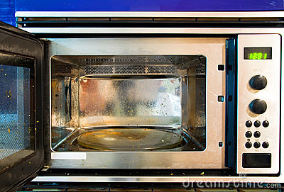 Dirty microwave oven