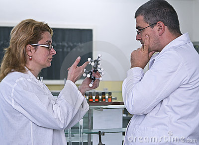Discussing the experiment
