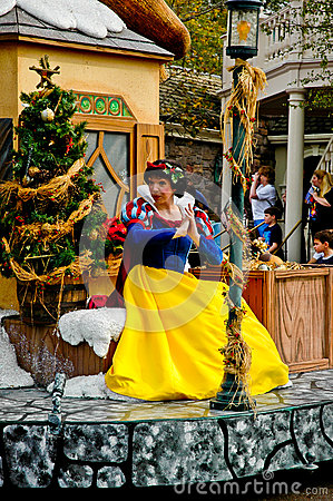 Disney Character Snow White in Holiday parade.
