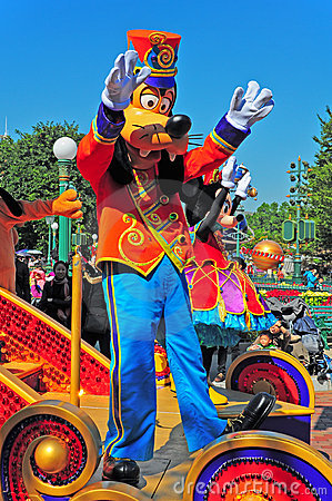 Disney parade with goofy and minnie mouse Editorial Image