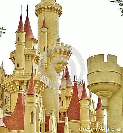 [Créations Diverses] Lapin Nib enragé 2.0 - Page 3 Disney-se-retranchent-la-tour-60915224