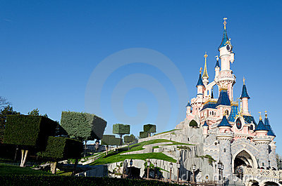 замок disneyland paris Редакционное Изображение