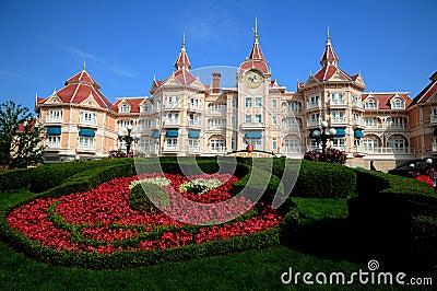 Disneyland Paris - entrance to the park Editorial Photography