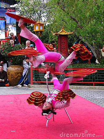 Disneyworld Epcot Chinese Acrobats 1 Royalty Free Stock Photo - Image: 12846815