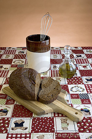 Display of bread on a cutting board.