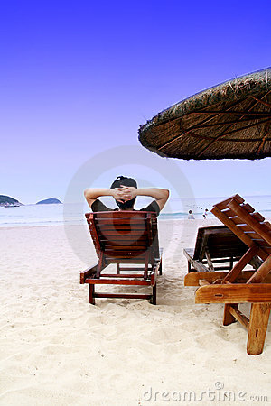 Distenda sulla spiaggia