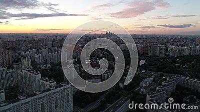 District d'Usadba Vorontsovo et d'Obruchevsky à Moscou banque de vidéos