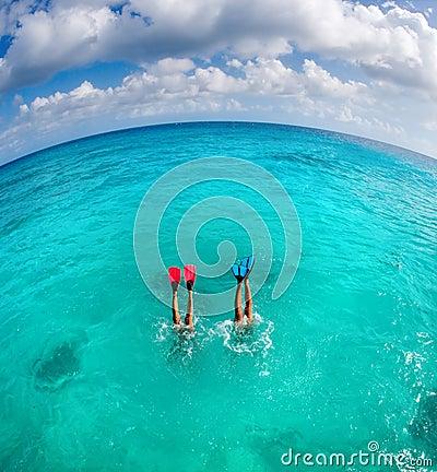 Free Dive Couple Stock Photo - 10370160