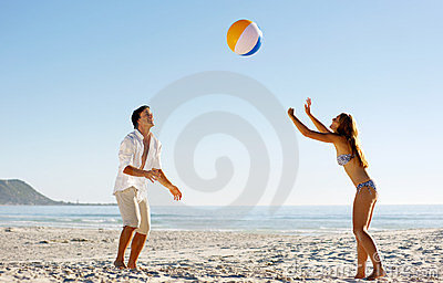 Diversión despreocupada del beachball
