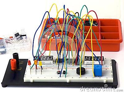 DIY electronics on breadboard (raster)