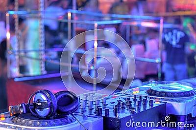 Dj mixer with headphones
