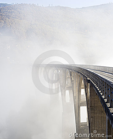 Free Djurdjevica Tara Bridge Royalty Free Stock Photography - 22432897