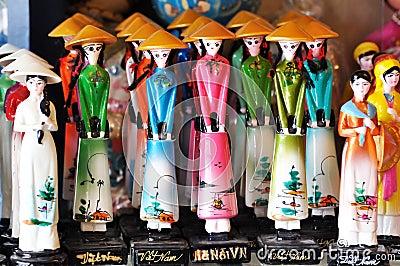 Dockor traditionella vietnam