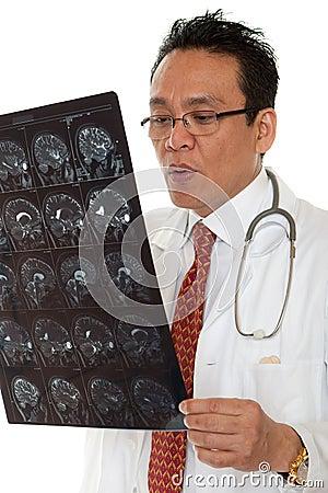 Doctor diagnosis x-ray