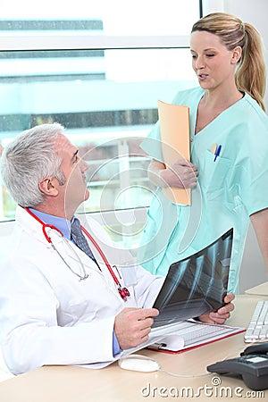 Free Doctor Having A Conversation Stock Photo - 35732770