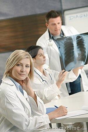 Doctors consulting diagnosis