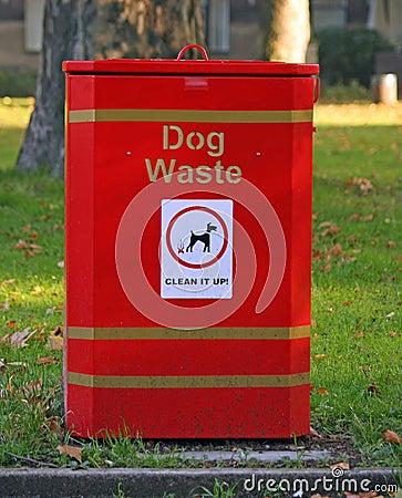 Free Dog Waste Bin Royalty Free Stock Image - 8551066