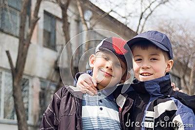 Love Never Dies - Página 26 Dois-meninos-thumb14186450