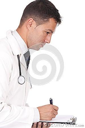 Doktorn bemärker att skriva för recept
