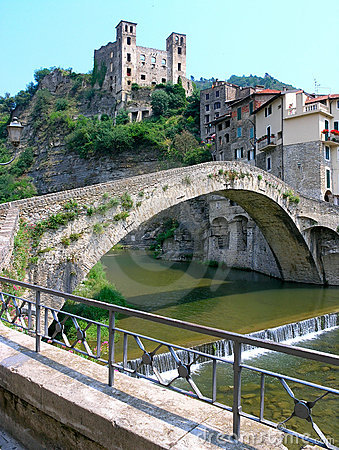 DolceAqua Bridge