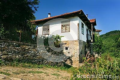 Dolen village