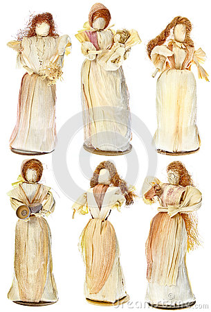 Dolls Made From Dried Corn Leaves