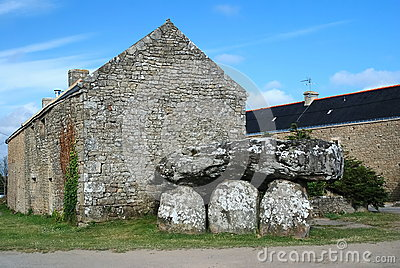 Dolmen de Crucuno in Brittany