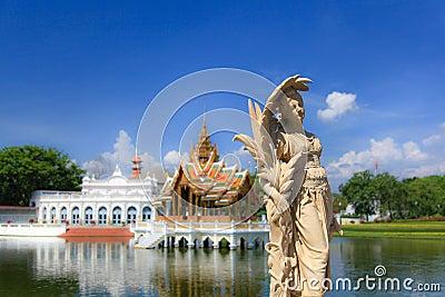 Dolor Royal Palace de la explosión Imagen de archivo editorial