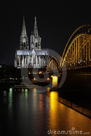 DOM in Cologne, night