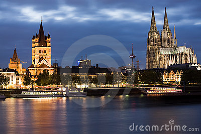 Dom in Cologne at sunset