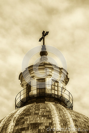 Free Dome Of A Church, Old Fashioned Sepia Hue Stock Images - 46959184