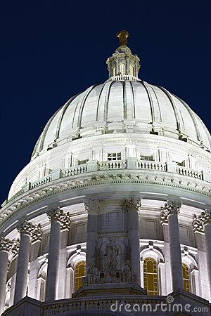 Free Dome Of State Capitol Stock Photography - 9465412