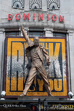 Dominion Theatre Freddie Mercury Queen Statue Editorial Stock Image
