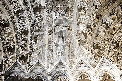 Domkyrka av Reims - yttersida
