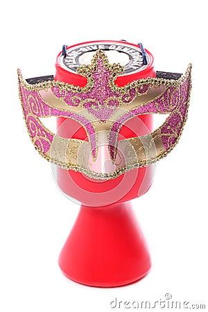 Donation de charité et masque de mascarade