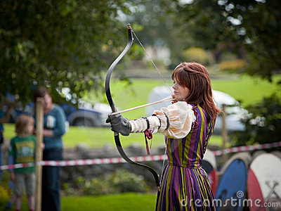 Donna from Eireann Edge displays Archery Editorial Photography