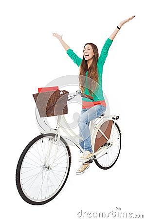 Donna su una bici