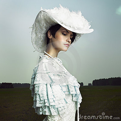 Donna in vestito dall annata
